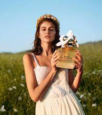 perfume daisy eau so inyense